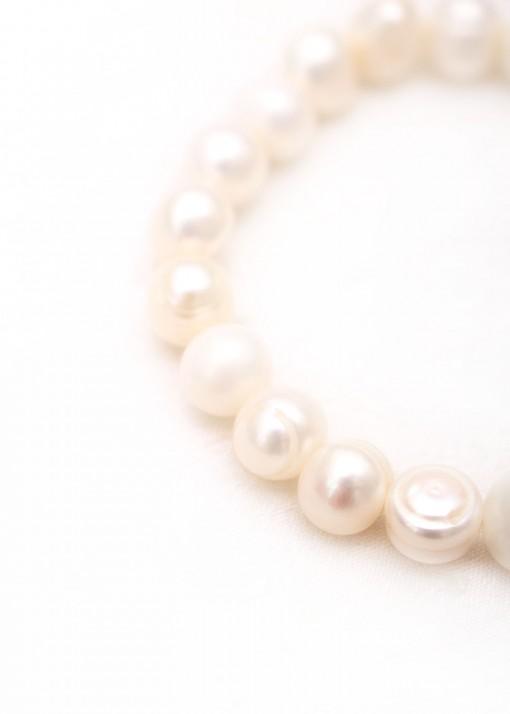 Elegant Pearl and Agate Beaded Bracelet
