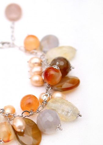 Agate and Pearl Charm Bracelet