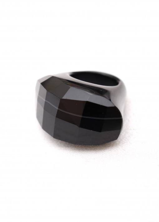 Faceted Black Chunky RIng