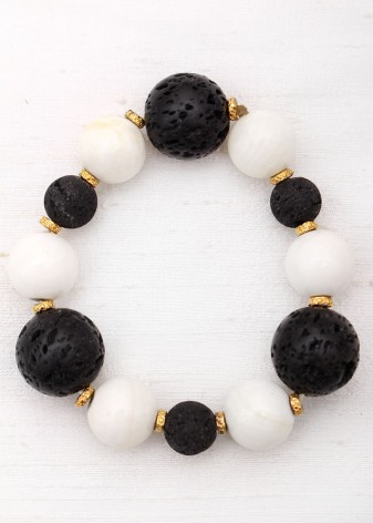 Monochrome Agate and Lava Rock Beaded Bracelet