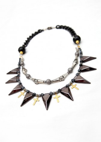 Beaded Black and Silver Thorns Necklace