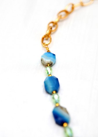 Sea Breeze Quartz Pendant Necklace