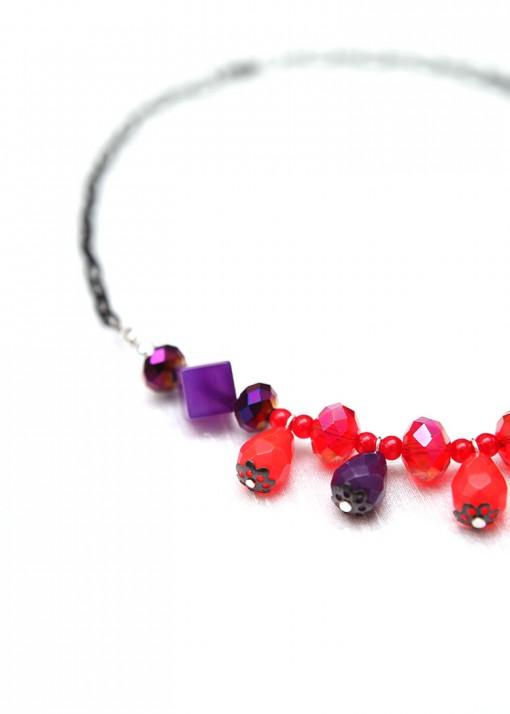 Red and Purple Teardrop Collar
